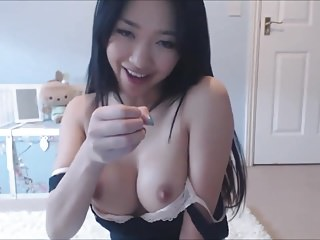Incomparable Asian Teen Fingering On Cam