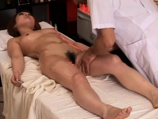 Pregnant asian getting her queasy box fingered